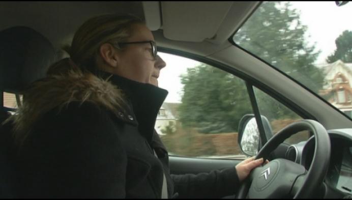'Buschauffeur reed opzettelijk tegen mijn auto'