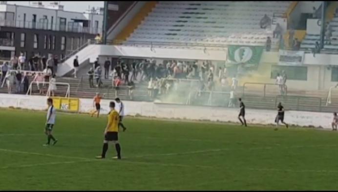 Politie onderzoekt voetbalrellen op Racing Mechelen