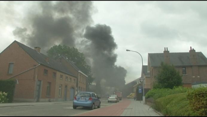 Zware brand legt centrum plat