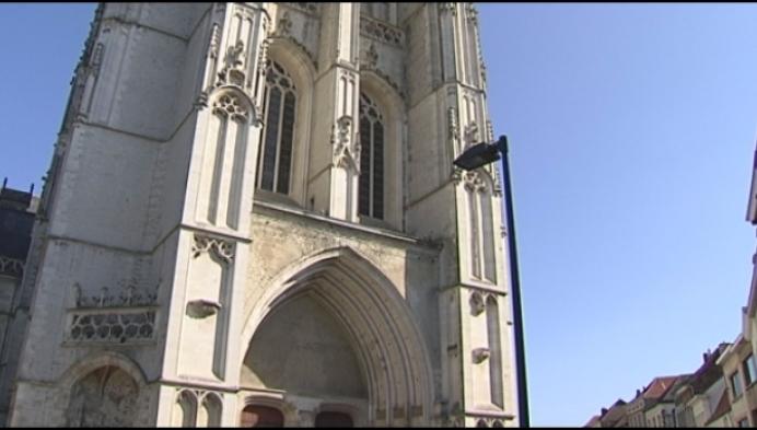 Orgelconcert Sint-Romboutskathedraal Mechelen afgelast na waterlek