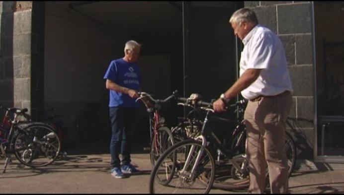 200 fietsen uit Vorselaar en Grobbendonk voor Senegal