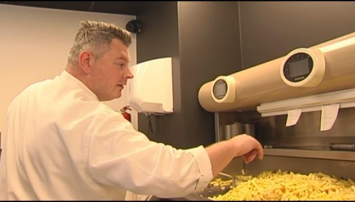 Geelse sterrenchef La Belle bakt nu ook frietjes