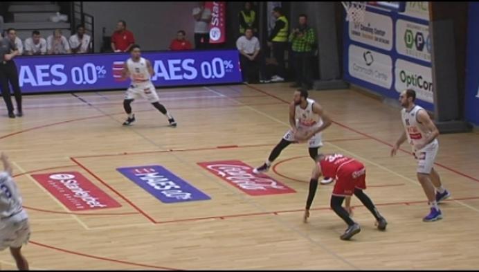 Kangoeroes Mechelen stunt tegen landskampioen Oostende