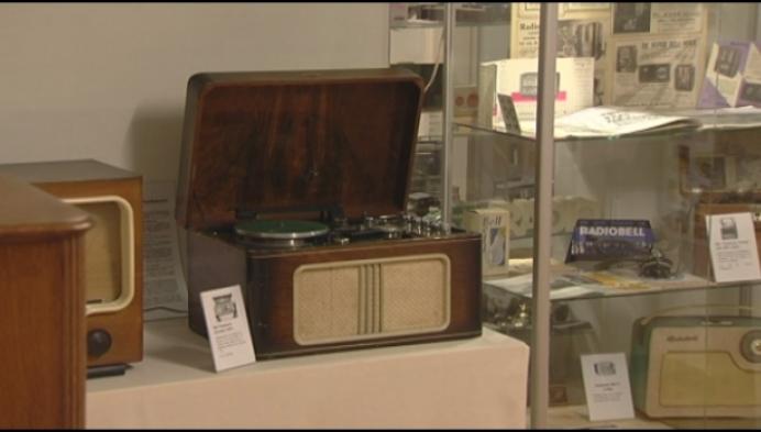 Radiomuseum toont oudste Bell-radio's gemaakt in Geel