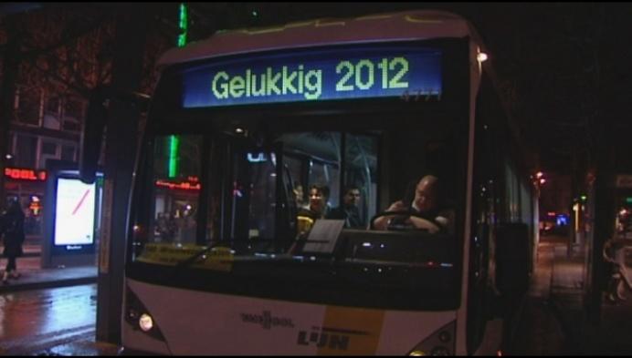 Mechelse feestbus rijdt op oudjaar nu ook langs Heffen