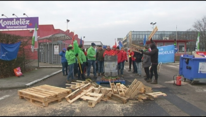 Werknemers koekjesfabriek Mondelez leggen werk neer
