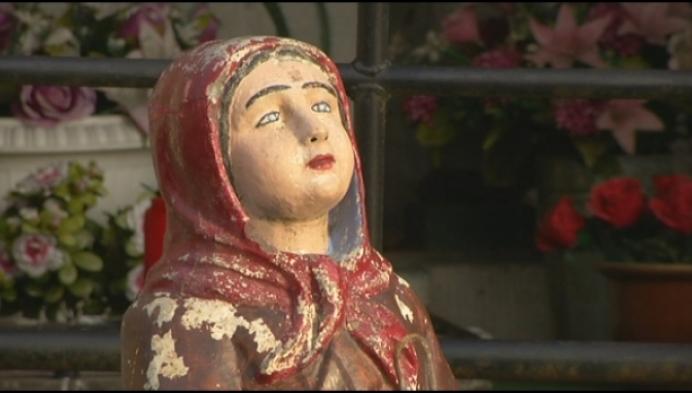 Vandalen vernielen Heilige Bernadette in Zoelse Lourdesgrot