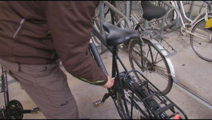 Alleen met vingerafdruk kom je in bewaakte fietsenstalling Bornem