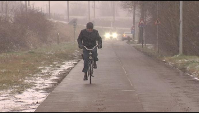 Buurtbewoner klaagt gevaarlijke situatie fietsostrade aan