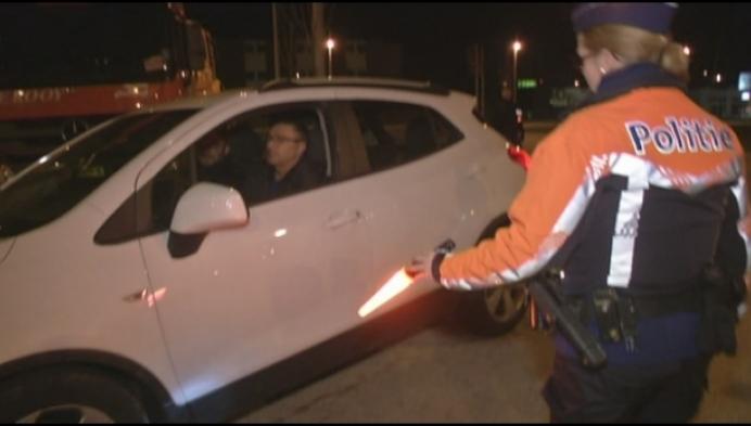 Politie houdt grote anti-inbraakactie aan Geel-West
