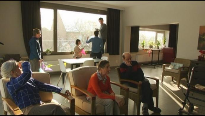 Feest in woonhuis De Villa voor 25-jarig bestaan