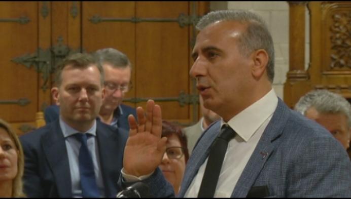 Zoon Melikan Kucam ontkent maar blijft opgesloten