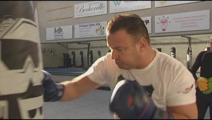 48-jarige bokser Tim Appels kruipt nog één keer in de ring