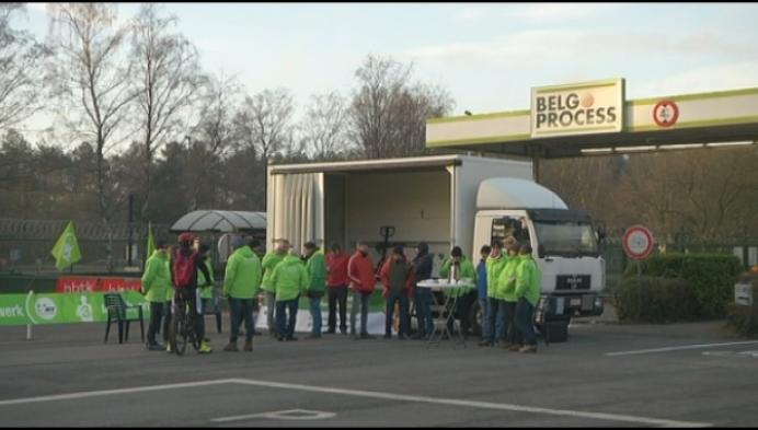 Veel sfeer bij stakers Daf Trucks in Westerlo