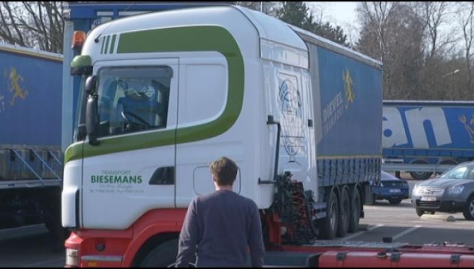 """Jobbeurs voor truckers: """"Wel een mooi beroep"""""""