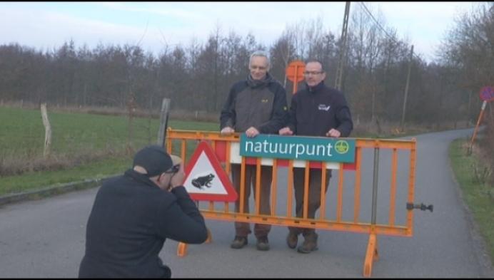 Al 25 jaar paddenoverzet in Heist-op-den-Berg