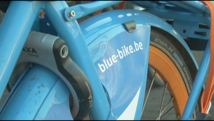 Twintig extra blue-bikes aan station Mechelen