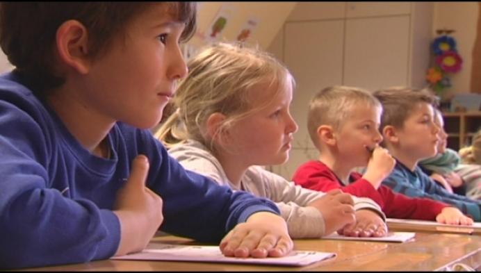 Gepensioneerde lerares terug voor de klas in Grobbendonk