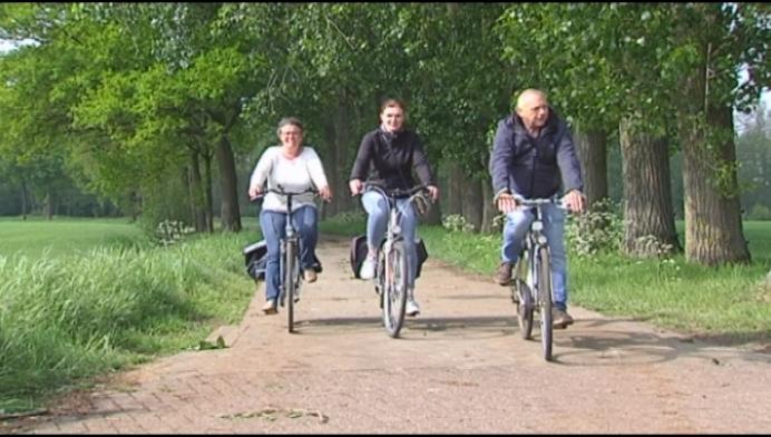 Met verkeersexpert op de fiets voor veiligere wegen