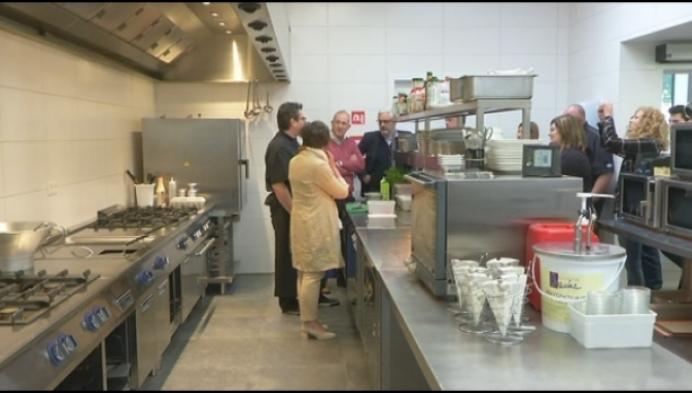 Veldekenshof leidt leefloners op tot kok of ober