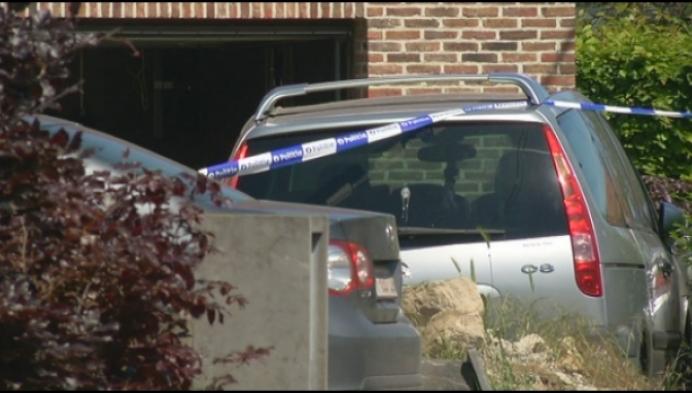 Man steekt huis in brand en laat ex-partner zwaargewond achter