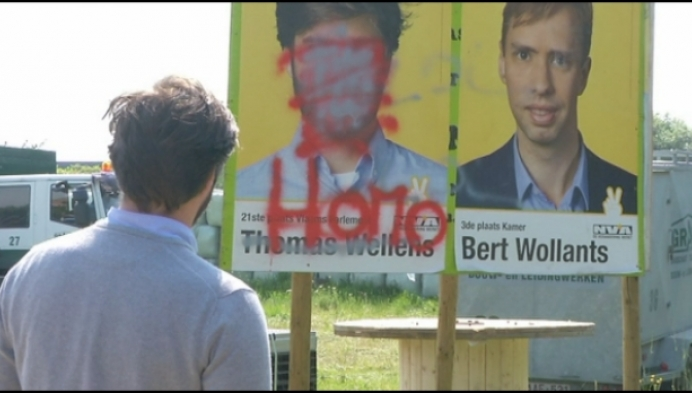 Alle affiches van N-VA'er Thomas Wellens beklad