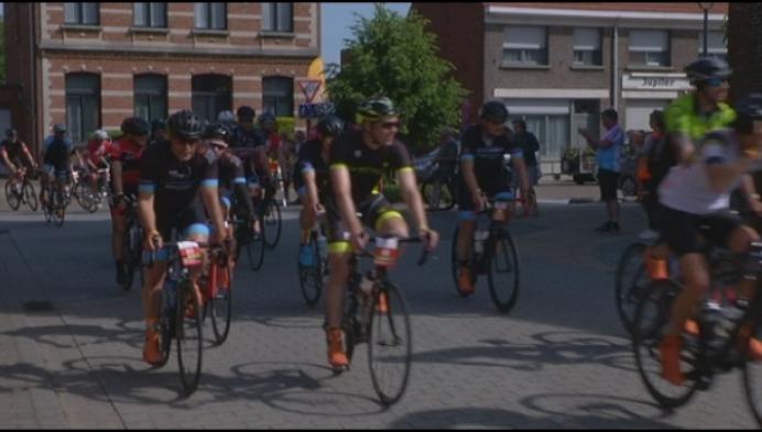 Karavaan 1000km van KOTK houdt halt in Lille