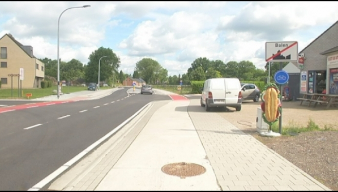 N136 na anderhalf jaar terug open met veilige fietspaden