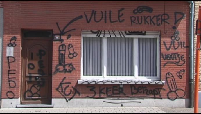 Politie onderzoekt vandalisme in Korte Gasthuisstraat