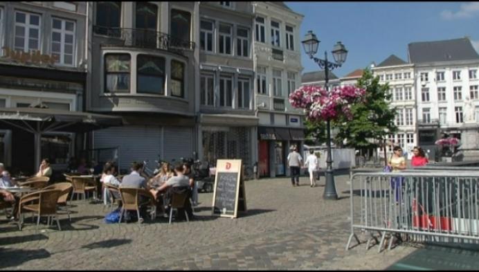 Politie klist sluikstorter met afval van Mechels café