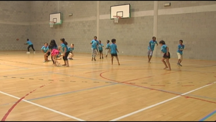 Kansarme kinderen sporten gratis in Turnhout