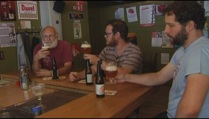 Hestival pakt uit met eigen bier: de Hestival Blond