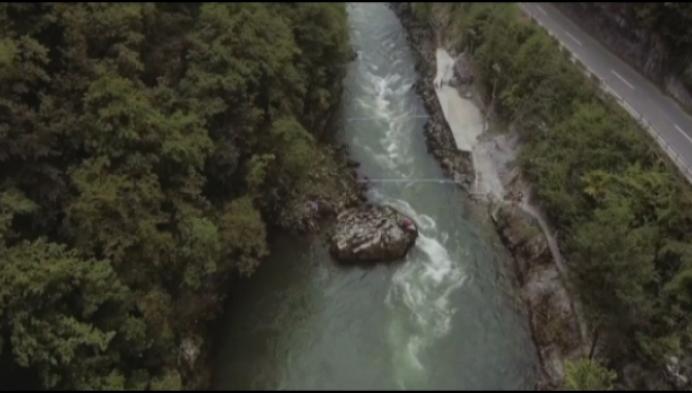 15-jarige Duffelaar wereldkampioen wildwater kajak