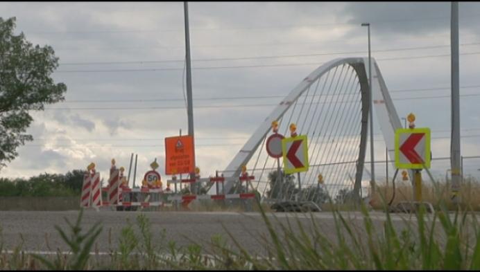 Omleiding door verplaatsing brug aan Lierseweg