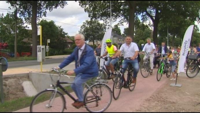 Eindelijk veilig fietsen tussen Ravels en Poppel