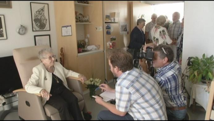 Oudste vrouw van Turnhout, Marthe Kesteleyn, wordt 104