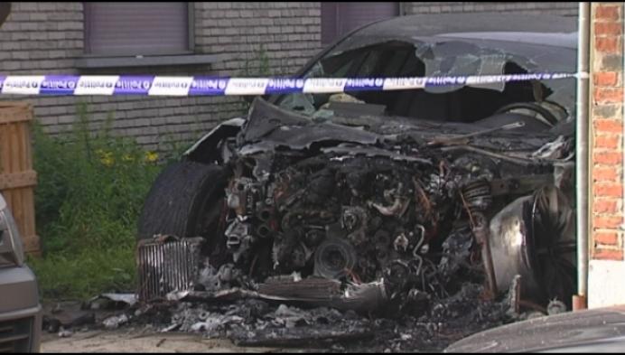 Porsche brandt uit in Willebroek: mogelijk kwaad opzet