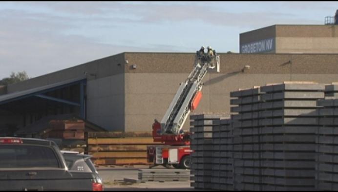 Arbeiders geëvacueerd na brand in betonfabriek