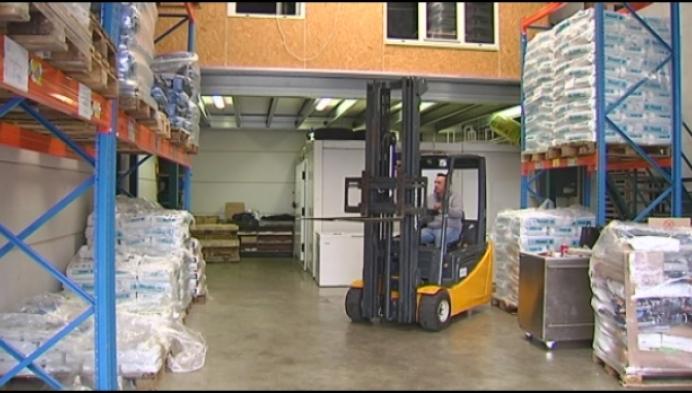 Herentals bedrijf helpt asielen in Spanje na overstromingen