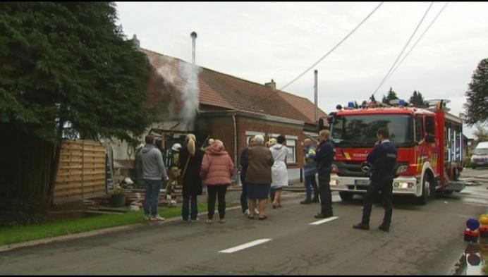 Garage brandt volledig uit in Bonheiden