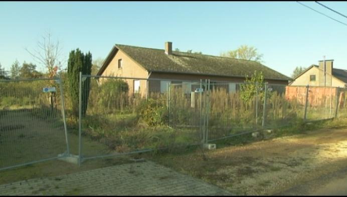 """Provincie sloopt huizen: """"Geen nat gebied hier"""""""