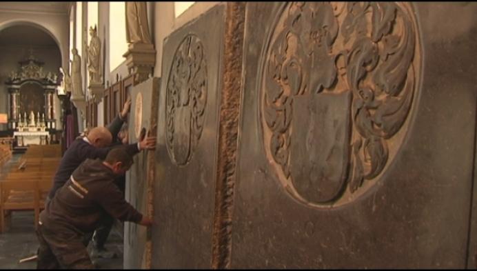 Opgepoetste graven krijgen plek in Sint-Remigiuskerk