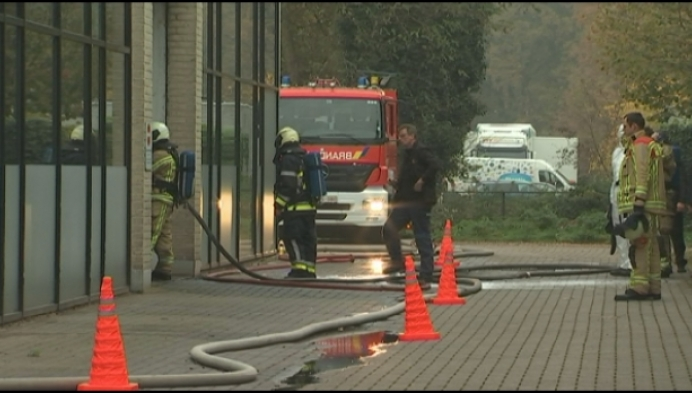 Veel schade na brand bij Jeep-garage in Turnhout
