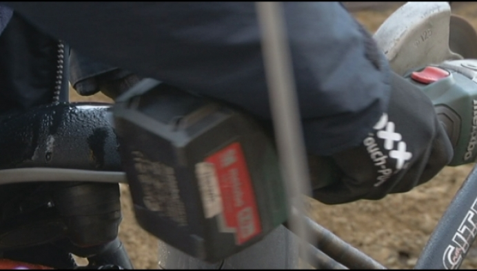 Fietspunt verwijdert fout gestalde fietsen station Mechelen