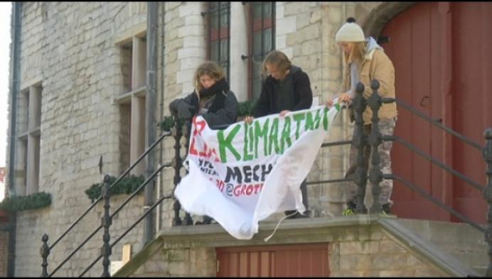 Spandoeken maken Mechelaars warm voor klimaatprotest