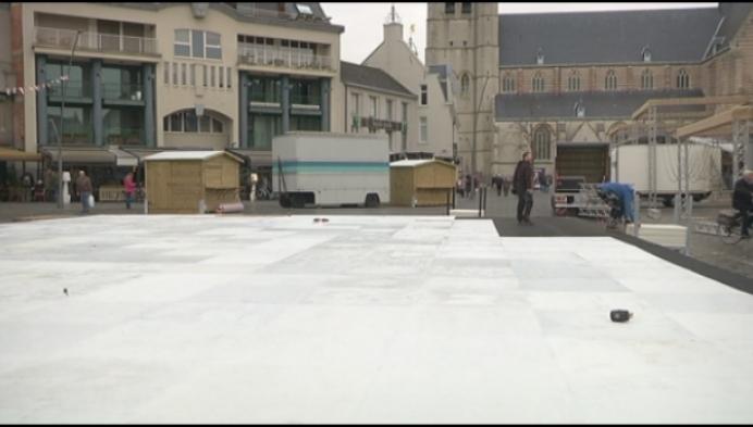 Geel Wintert pakt uit met schaatsbaan in kunststof