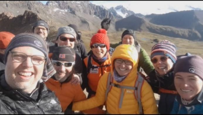 2 Medewerkers Qualiphar trokken naar Peru voor goede doel