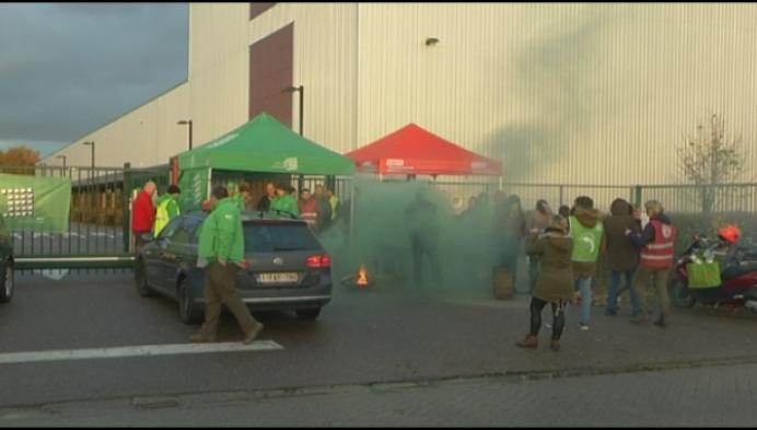 """Werknemers Agio Cigars staken: """"Willen hogere motivatiepremie"""""""