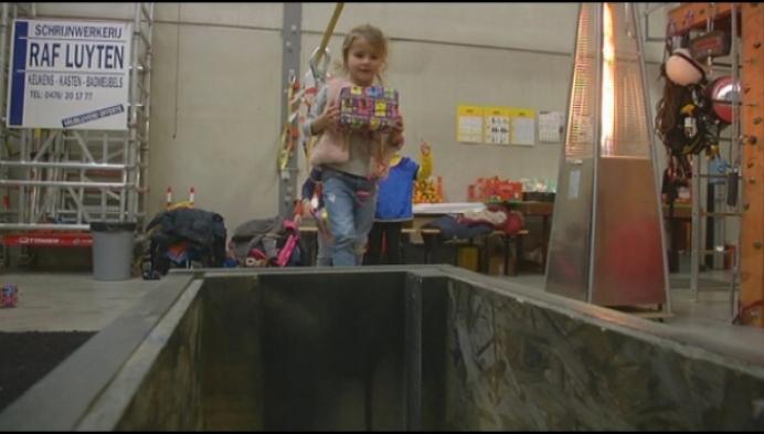 Kinderen klimmen voor Pietendiploma