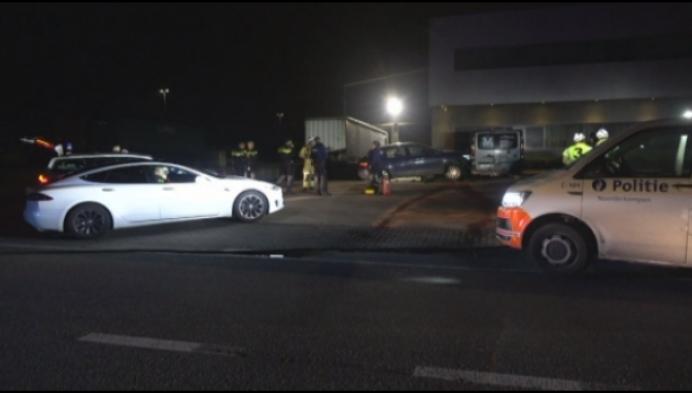 Achtervolging eindigt in crash: twee Franse verdachten opgepakt